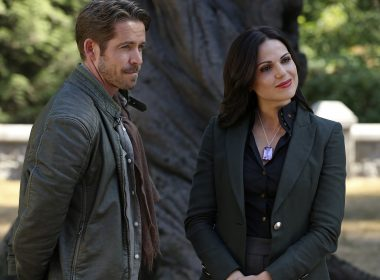 robin hood and regina on once upon a time s5e2