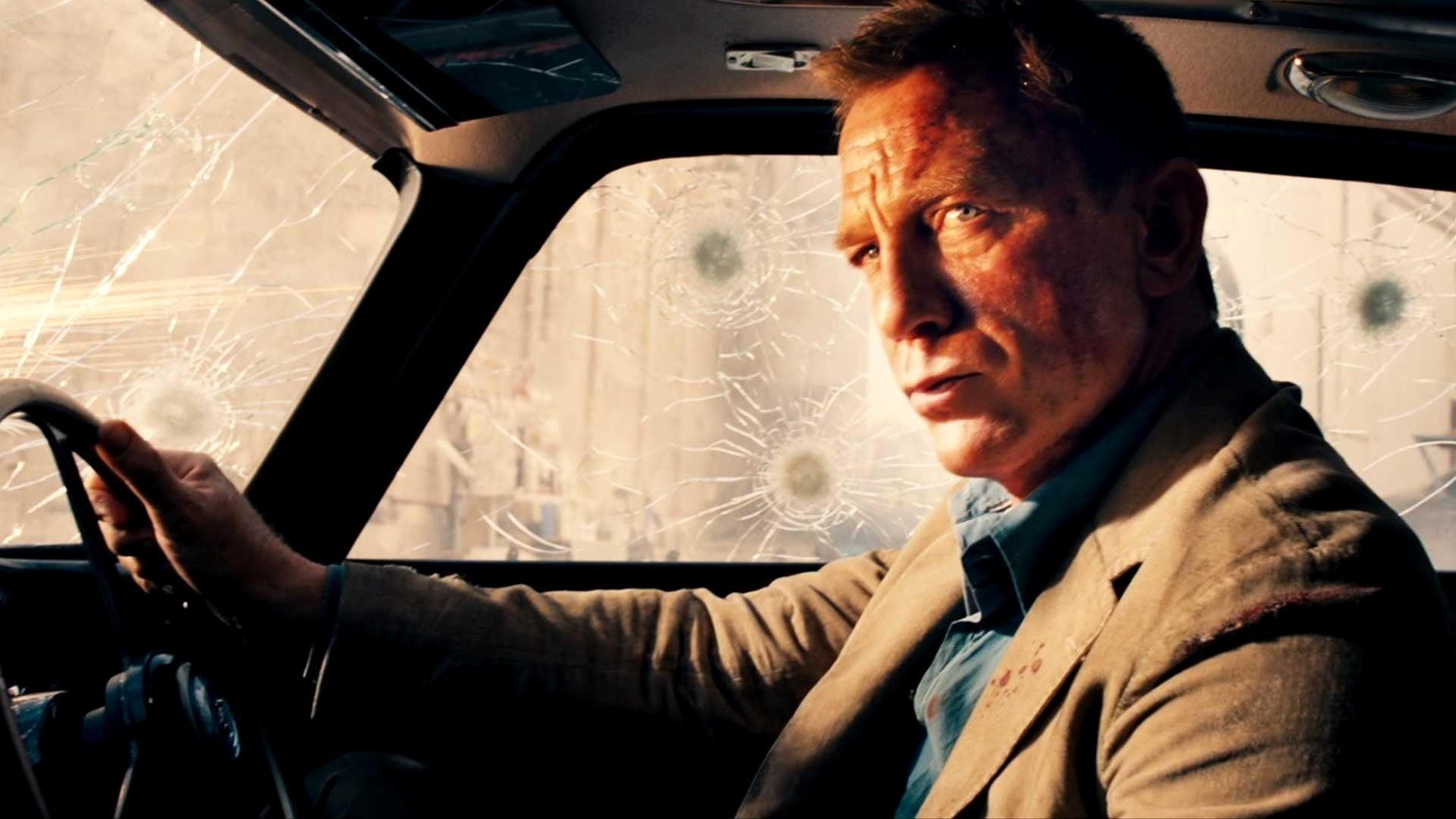 Daniel Craig diz que uma mulher não deveria fazer o próximo 007