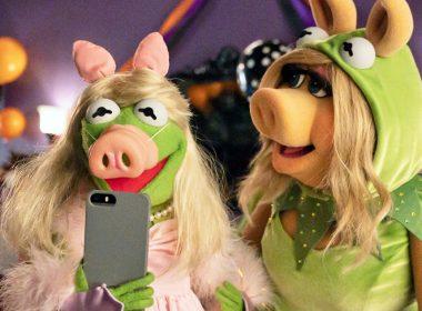 Disney+ divulga trailer e pôster de Muppets Haunted Mansion: A Festa Aterrorizante